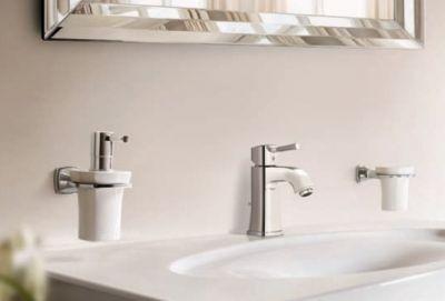 Аксессуары для ванной комнаты GROHE GRANDERA в цвете хром