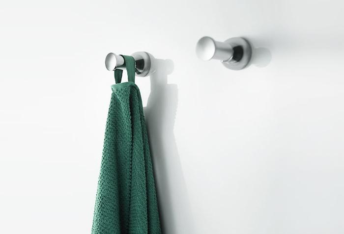 Крючки для халатов и полотенец